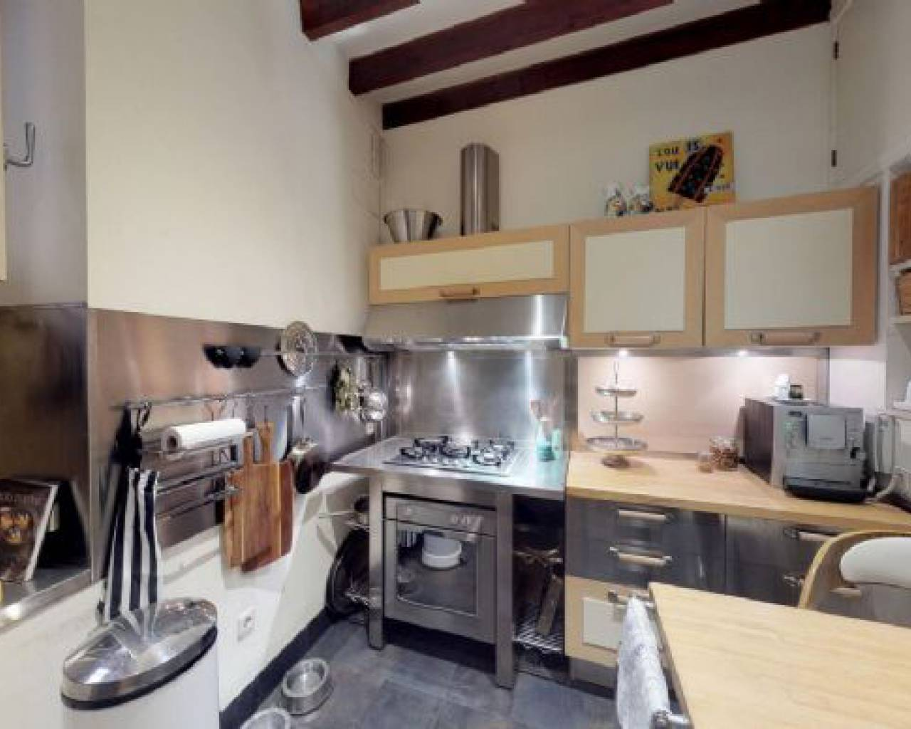 3 storied Townhouse in sale in Old town Of Palma