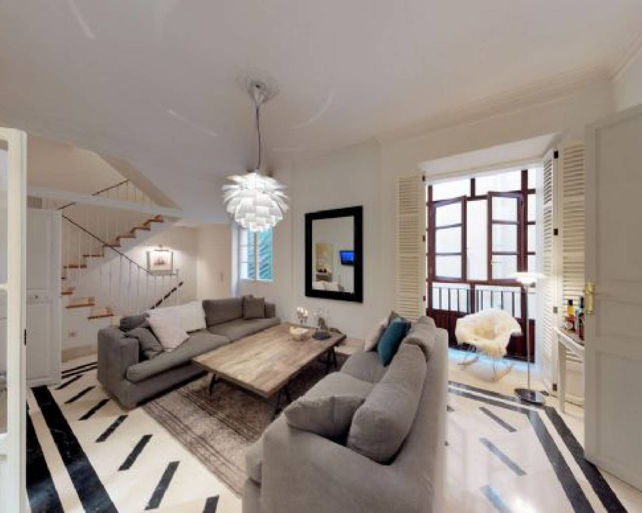 5 Bedroom Modern Town House in Sale in Old Town Of Palma